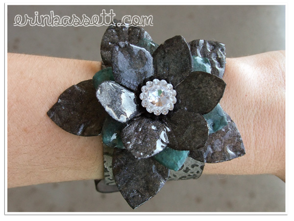 Erin_Bassett-Tattered_Angles-MakeNTake-Corsage1