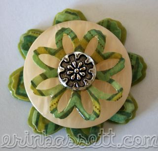 Blog- Erin Bassett - Cricut - Flower Button Hair Clip
