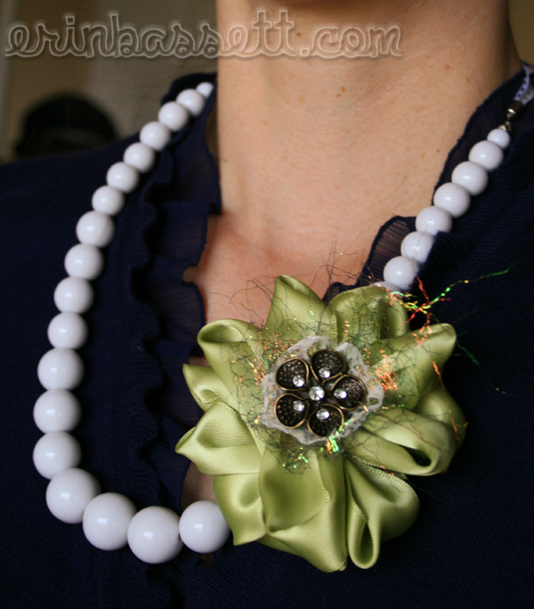 Erin Bassett - Knifty Knitter - Ribbon Flower Necklace2Blog