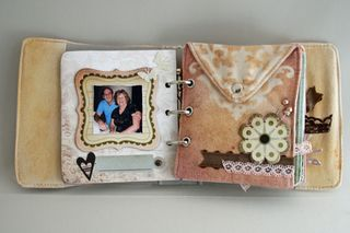 Erin_Bassett - Prima - Basic Grey - Mini_Book - 2