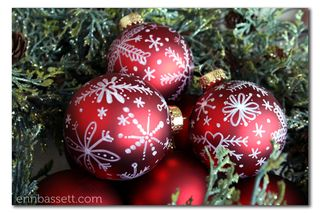 Erin Bassett - Christmas Bulbs1