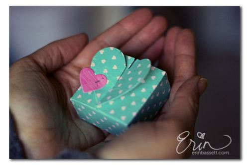 Valentine heart mini box - Erin Bassett