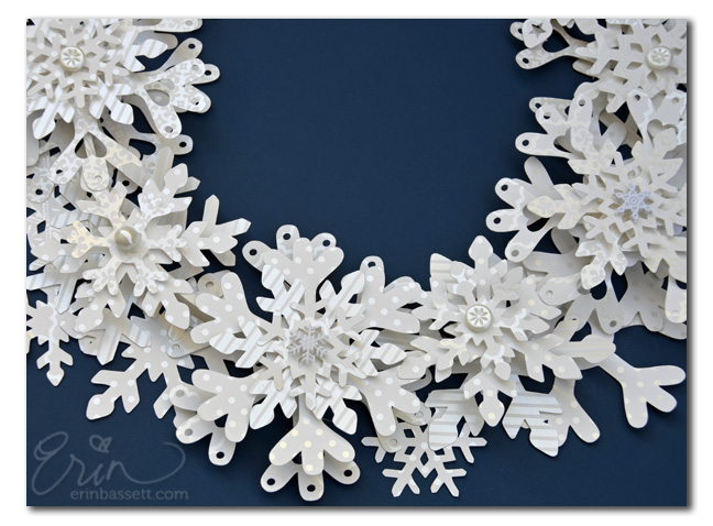 Paper Snowflake Wreath CloseUp2